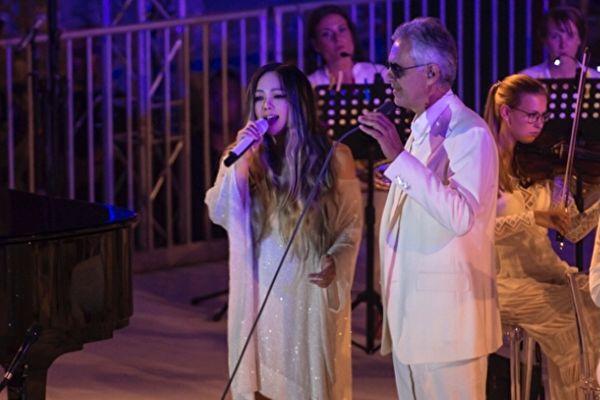 阿妹与意大利男高音世纪对唱 美声征服全场