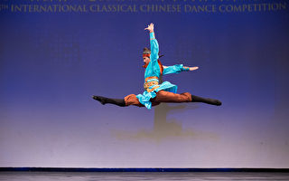 組圖:中國舞大賽 少年男子組金獎選手風采