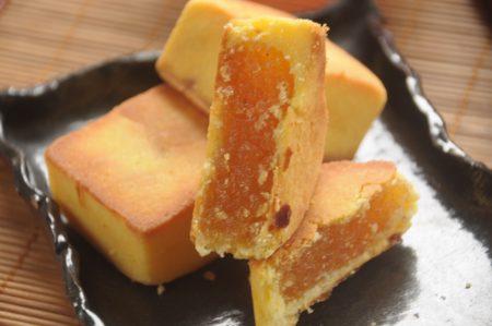 凤梨酥选用花莲在地的土凤梨,无添加色素、人工香料,保留最单纯的美味。