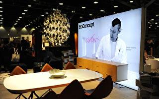 在温哥华室内设计展IDS上,由BoConcept展出的、由顶级工业设计师卡里姆‧拉希德(Karim Rashid)设计的作品。(童宇/大纪元)