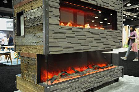 在温哥华室内设计展IDS上,由Sierra Flame公司设计的冷火苗壁炉。 (童宇/大纪元)