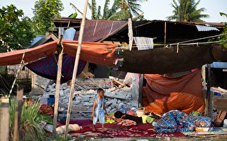 印尼強震引發海嘯 掀6米巨浪 832人遇難