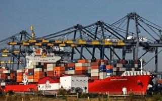 美國總統川普13日指示幕僚推進2000億美元中國商品關稅的實施。(David McNew/Getty Images)