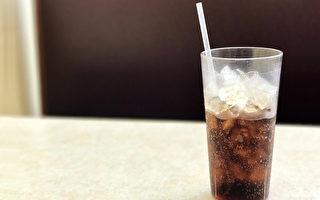 天天喝无糖汽水 失智概率高3倍?研究:饮料可能伤脑