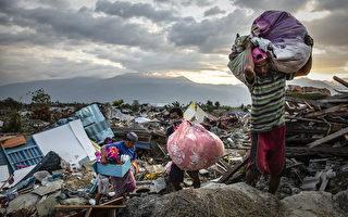 印尼地震海嘯死亡人數增至1558人