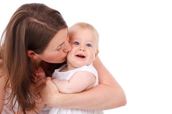 母爱化为动力 维州年轻妈妈巧思获成功