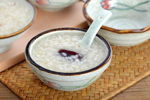 中医师推荐第一名早餐食物 吃它养胃气不易老