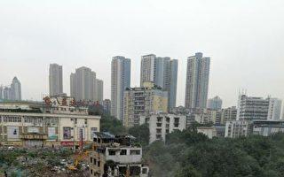重庆民宅遭强拆4人被拘 公安被指侵权违法
