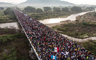 再有大篷车队涌边境 川普吁民主党合作建墙