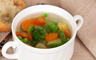日抗癌權威:蔬菜煮湯喝,防癌效果最好