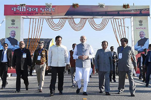 印度最长大桥开通抵御中共(中国)