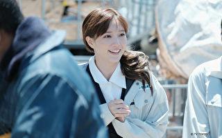 本田翼于《东野圭吾 信》首度演出母亲角色。(KKTV提供)