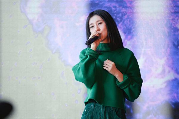 白安于25日在北京举办发片记者会