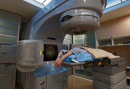 食道癌治療以化放療及開刀為主,大千引進專業設備,搭配長庚醫師合作,為病人提供最適切的醫療服務。