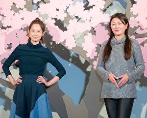 簡嫚書(左)與葛蕾(右)近來徹夜排練舞台劇,16日抽空前往台北逛特展