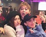戴佩妮(右)、王彩樺(中)、「豆花妹」蔡黃汝(左)現身唱片公司尾牙