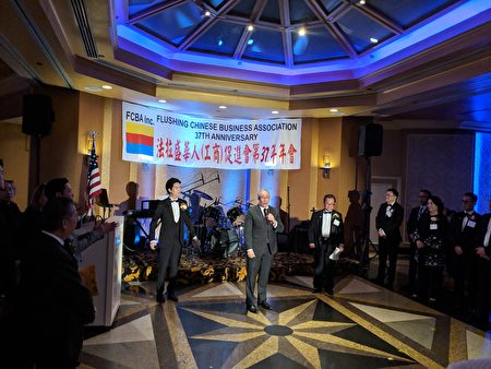 主计长斯静格致辞表示,华商会是华裔社区非常重要的桥梁。