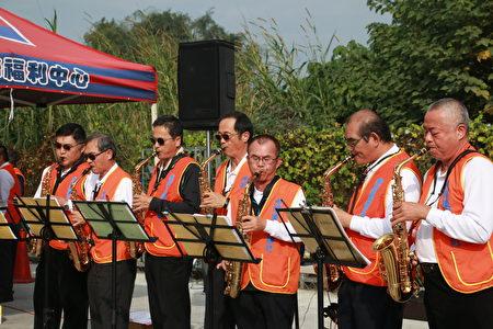 虎尾东区扶轮社萨克斯风爱乐团带来的精彩的音乐演奏。