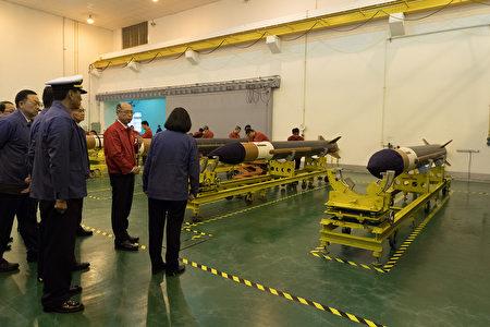 总统蔡英文表示,面对已经改变的军事威胁,已要求国防部强化台湾本岛的防卫能量,优先部署防空飞弹。图为示意图。