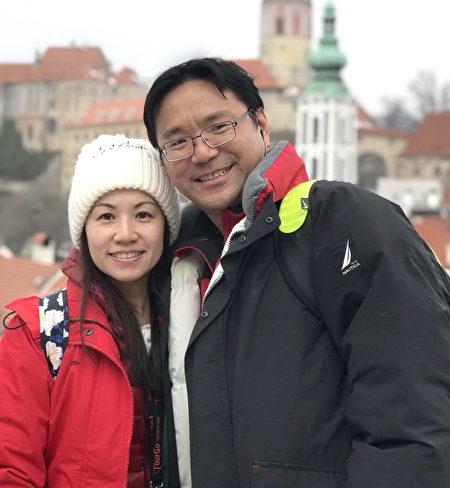 林晏呈几近狂热的服务态度,吸引到同为热血展爱人太太苏凡嫣的目光,夫妻将当新手爸妈。