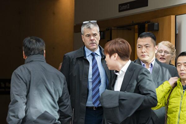華為加拿大分公司高級副總裁離職