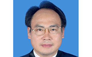 12月30日,至少25名大陸人權律師連署發出「關於劉正清律師將被吊銷律師執業證的緊急呼籲書」。(大紀元存檔)