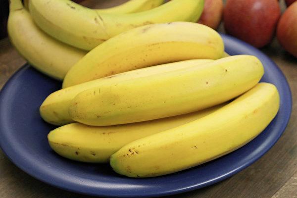 香蕉可以減少體內水分滯留,幫助身體排毒。