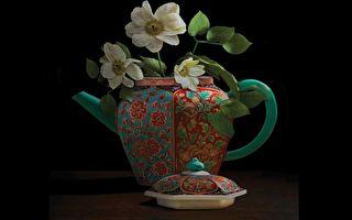 描繪繽紛記憶——加拿大藝術家TM Glass的花之禮讚