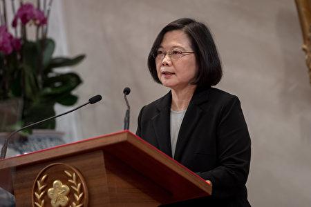 中華民國總統蔡英文表示,中共所定義的「九二共識」就是一個中國、一國兩制,台灣絕不會接受,這也是「台灣共識」。