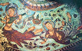 文殊山北凉石窟壁画中的飞天,位于千佛洞窟顶。(公有领域)