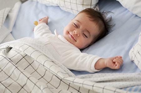 怎樣哄寶寶安穩地熟睡,讓寶寶有更好的睡眠?