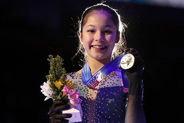 旧金山湾区华裔女孩 获全美花样滑冰冠军