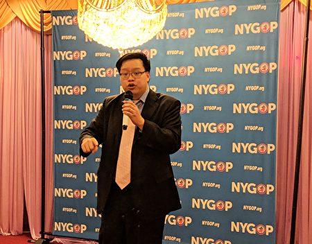 美国共和党纽约发言人谭顺熙(Oliver Tan)在聚餐联谊会上表示,市长白思豪一直想取消特殊高中考试,共和党在这方面会持续对抗市长的主张。