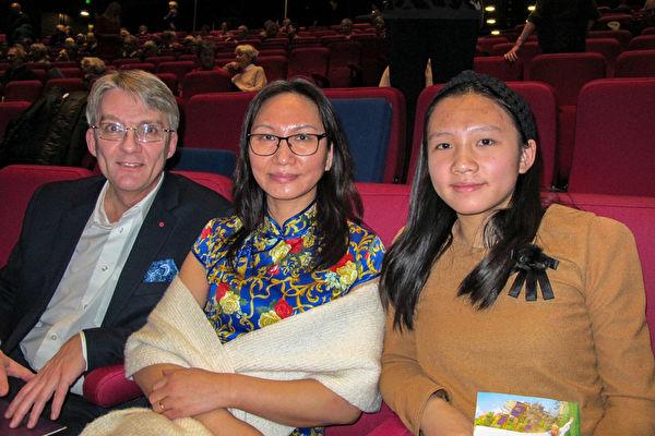 中華正統文化 丹麥華裔老闆觀神韻尋中國根