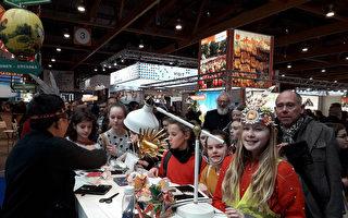布魯塞爾旅展台灣館 國旗原住民頭飾受歡迎