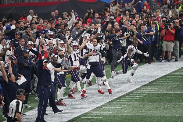 愛國者擊敗公羊第六次奪得「超級碗」