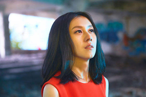 白安拍攝《鑽石》MV