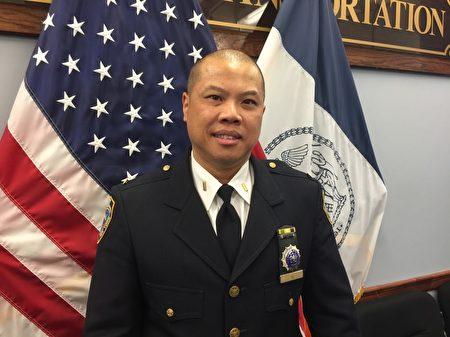 NYPD公共信息部聯絡官伍俊強表示,當警察是他最理想的工作。