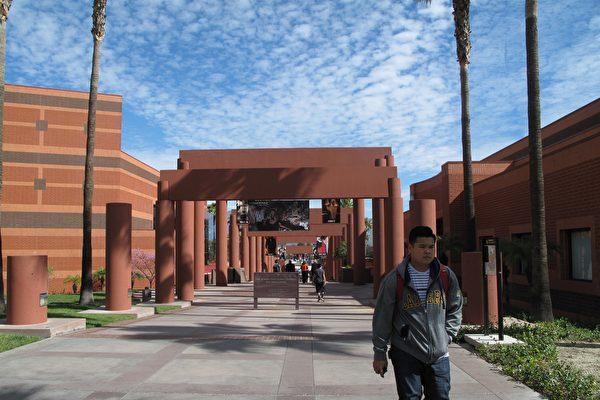 學生蜂擁 洛州大計劃提高招生標準