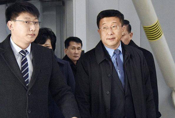 据韩联社报导,在川金会登场前,北韩协商代表金赫澈19日抵达北京,显然正准备前往越南与华府代表会面。(Kyodo News/Getty Images)