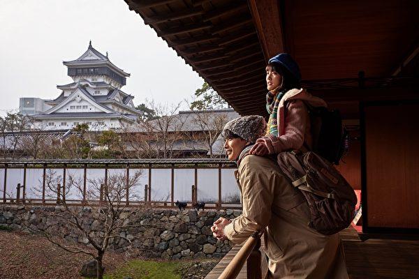 《爱情白皮书》赴日取景 吸引NHK媒体探班