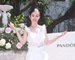 林依晨于2019年3月12日在台北化身花仙子完美演绎春季珠宝