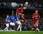 英超第29輪:利物浦客平讓出榜首 曼聯重返前四