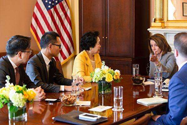 美众院议长接见陈方安生一行 关注香港现况