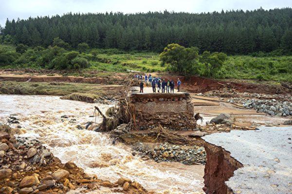 莫桑比克受熱帶颶風伊代襲擊 一千多人喪生