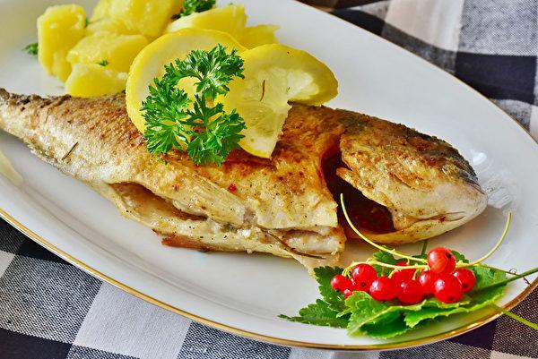 长期碘摄取不足,吃鱼可以降低甲状腺癌风险。