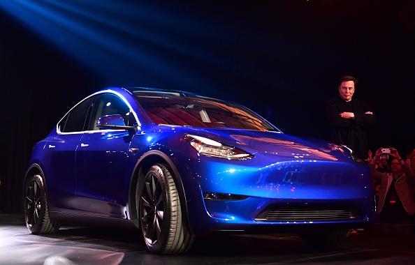 電動汽車特斯拉創辦人伊隆·馬斯克(Elon Musk)3月14日在洛杉磯發布全新的平價電動休旅車Model Y。(Frederic J. Brown/AFP/Getty Images)