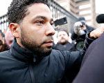 美劇男星賈西·史莫利特(Jussie Smollett)2月21日離開庫克縣監獄。 (Nuccio DiNuzzo/Getty Images)
