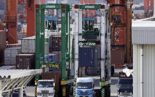 美國海關債券或保證金近期大幅增加,加上川普對進口中國商品、鋼鐵、鋁徵收高達數百億美元的關稅。(Kiyoshi Ota/Getty Images)