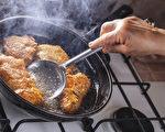 炒菜油烟是肺癌风险之一,如何避免油烟危害?(Shutterstock)
